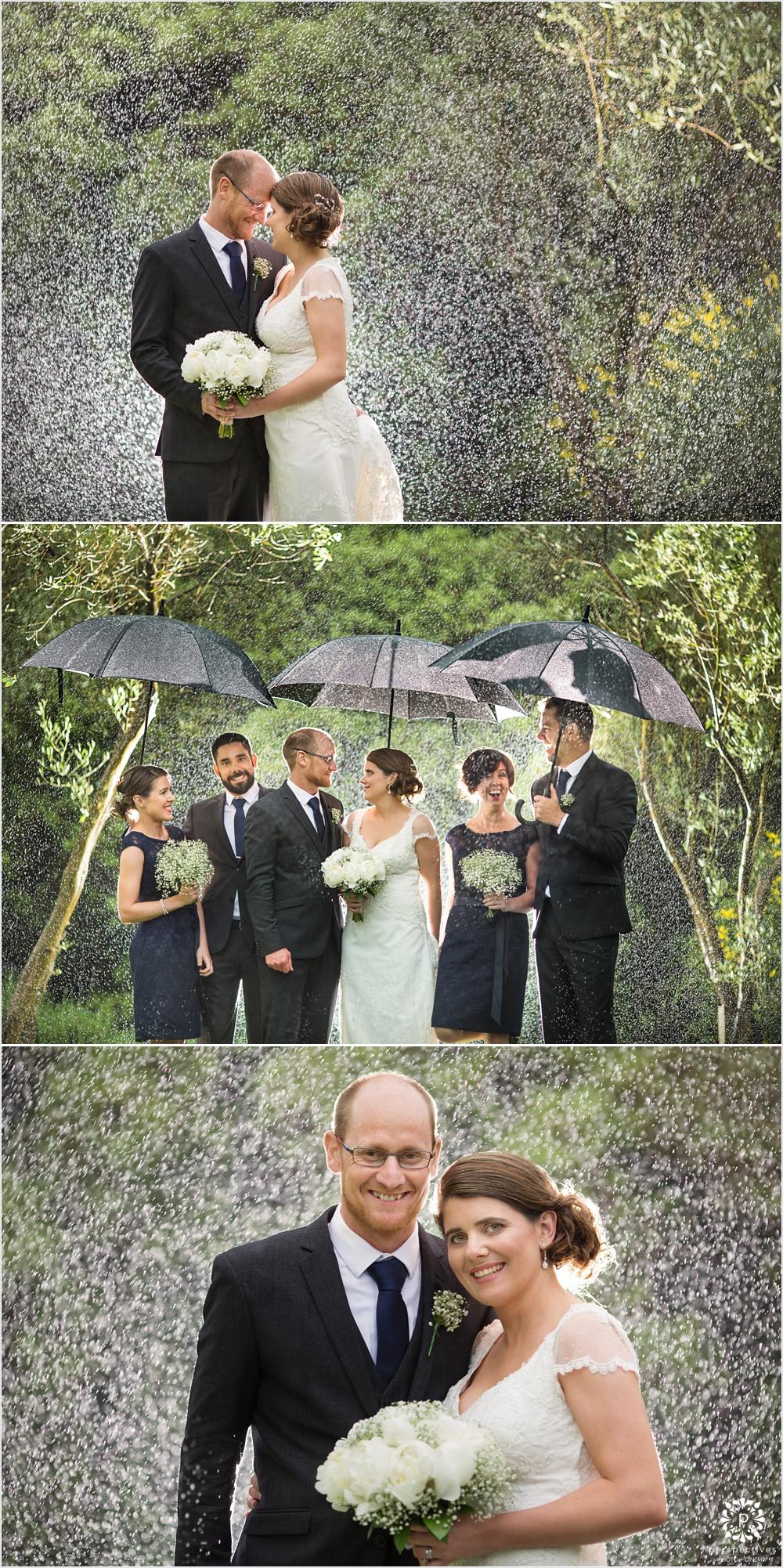 Bracu wedding photos in the rain
