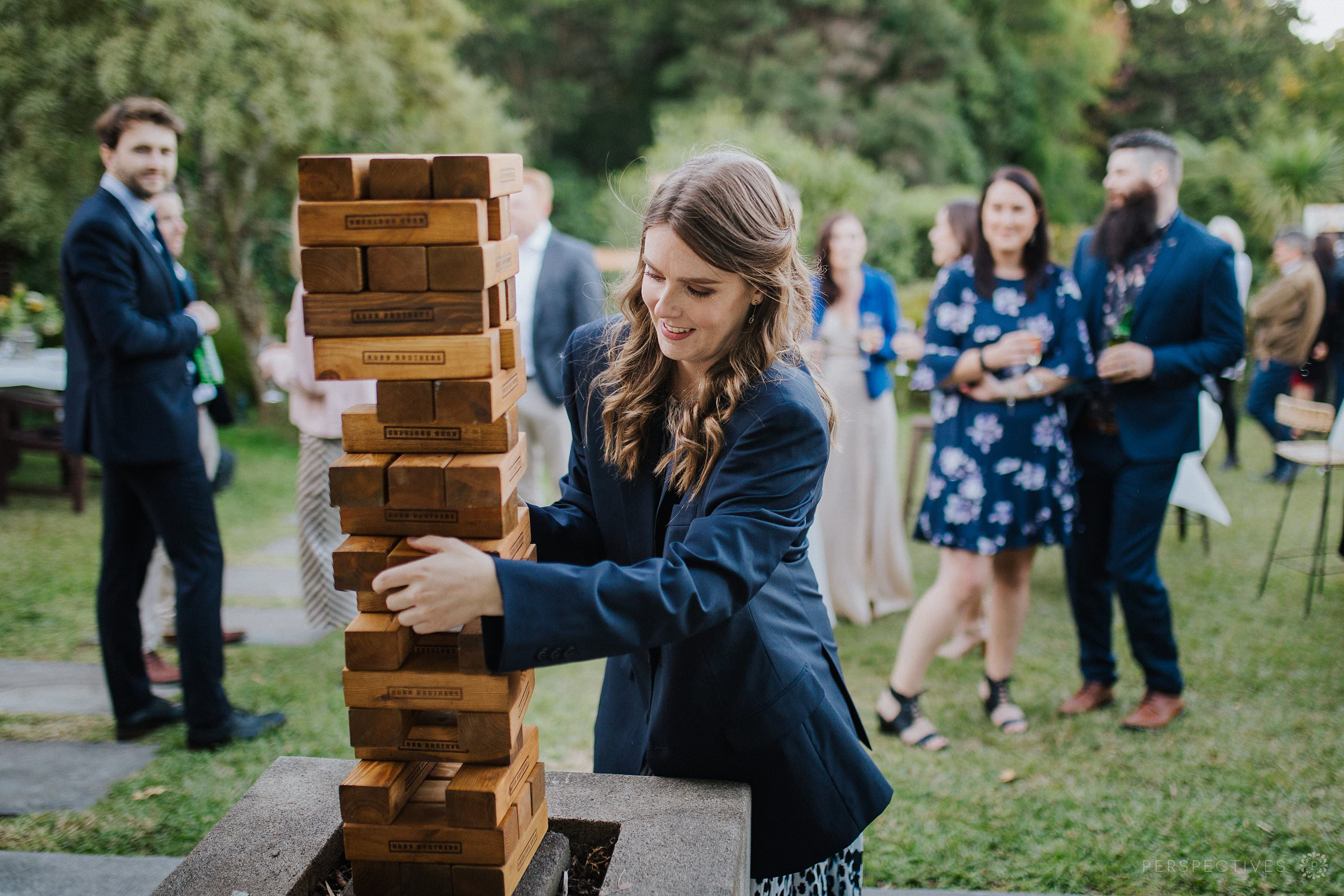Outdoor lawn games at wedding in Auckland